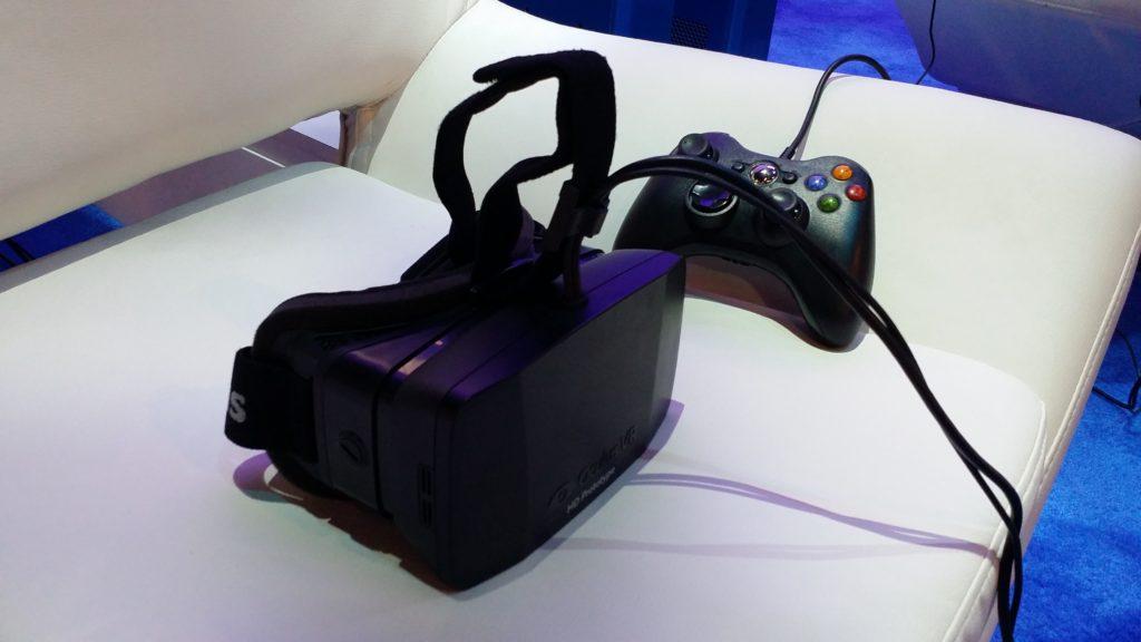 Oculit Rift zusammen mit dem Xbox 360-Controller